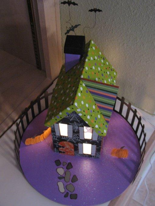halloween-house-2007-2.jpg