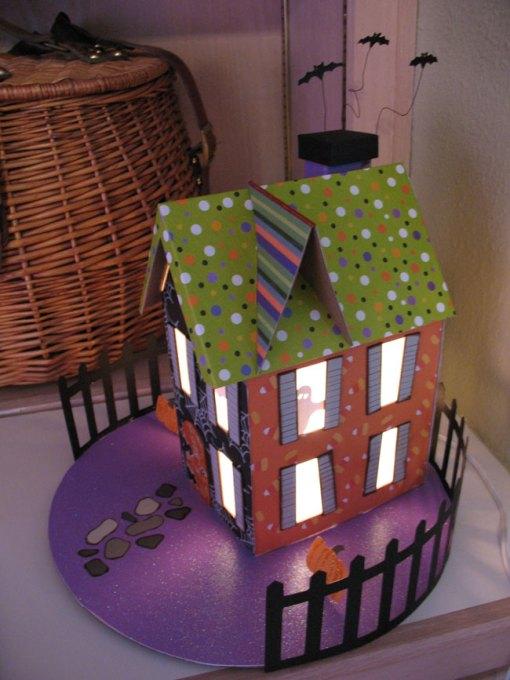 halloween-house-2007-6.jpg